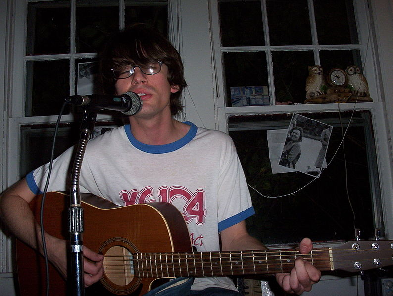 File:Elephant Micah at House Show.JPG