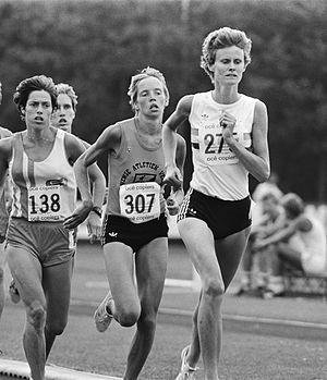 Elly van Hulst - Elly van Hulst winning a national title in the 1500 m in 1983