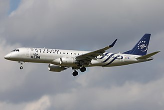 KLM Cityhopper - KLM Cityhopper Embraer 190 wearing the SkyTeam special livery