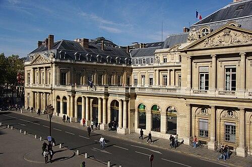 Thumbnail from Palais Royal
