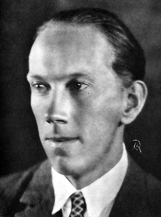 Erik Blomberg (writer) - Erik Blomberg.