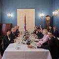 Erste Sitzung Kabinett Bouffier II-02.jpg