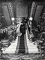 Escalera principal del edificio de Blanco y Negro, de Franzen, Blanco y Negro, 31-03-1900.jpg
