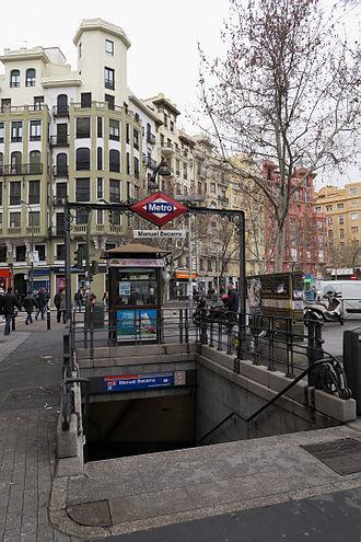 Manuel Becerra (Madrid Metro) - Entrance to Manuel Becerra station