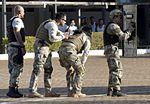 Exercício conjunto de enfrentamento ao terrorismo (27129911571).jpg