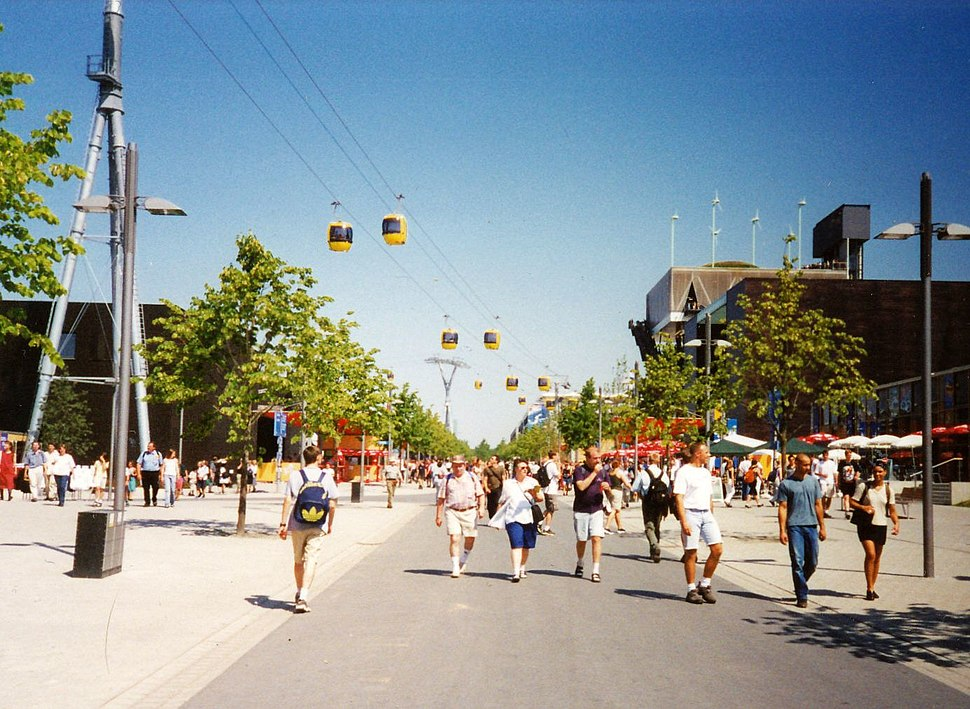 Expo 2000 and the Skyliner