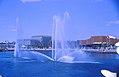 Expo 67, pavillons Pays-Bas, Belgique, Suisse, au bord du lac des Cygnes..jpg