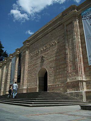 Fachada museo nacional