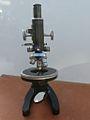 Fine rotative table Microscope 25 (12996296425).jpg