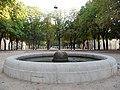 Fontana in Piazza Tebaldo Brusato - panoramio.jpg