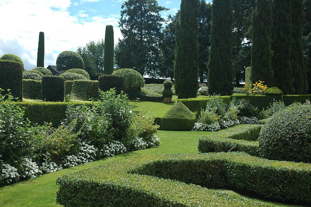 File france eyrignac jardin wikimedia commons for Jardin 05