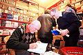 Frantisek Novotny Spisovatel autogramiada Plachty v Ohni.jpg