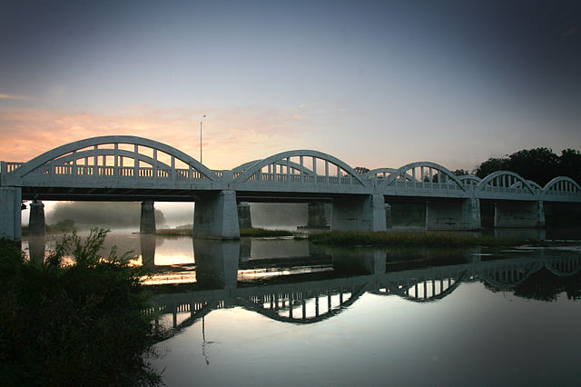 4th place: Freeport Bridge crossing the Grand River, Kitchener, by      Ian Furst
