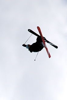 Description de l'image Freeskiing mute grab.jpg.