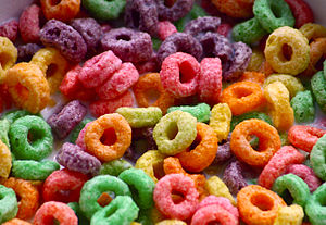 English: A photograph of Froot Loops breakfast...