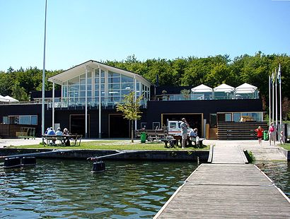 How to get to Furesøbad with public transit - About the place