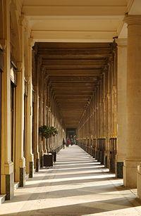 Galerie de Valois February 29, 2012.jpg