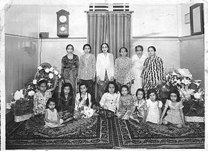 Arab Indonesians - Women of Hadhrami descent in Palembang, circa 1950