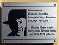 Gedenktafel Stockholmer Str 29 (Gesbr) Harald Juhnke.jpg