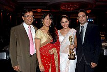 Genelia D'Souza with family at the CNBC Awaaz consumer awards.jpg