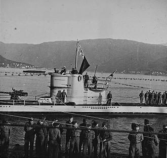 German submarine U-255 - Image: Glückwünsche der Heimat (Weitere U Boote machen fest) (6983644206)