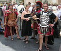 Gladiators.pose.for.tourists.in.rome.arp.jpg