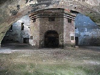 Govăjdia Blast Furnace - Image: Govajdia furnace 2