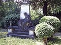 Grabstätte Albert Poensgen.jpg