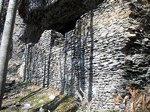 Grottenstein Castle - Image: Grottenstein Mauer