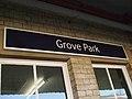 Grove Park stn signage1.JPG