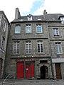 Guingamp (22) Place du Centre N°1 A.JPG