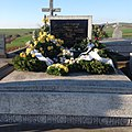 Gulovics Andor sírja a múcsonyi temetőben.jpg