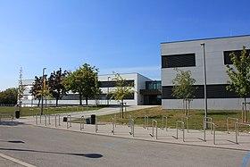 Gymnasium Bad Vöslau 7731.JPG