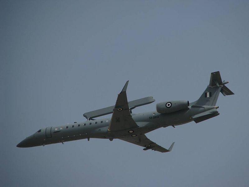 Aviones de Alerta Temprana y Guerra Electrónica  800px-HAF_Embraer_EMB-145H_AEW&C_2