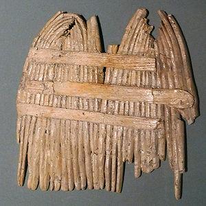 Comb - A Stone Age nit comb