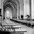 HUA-157473-Interieur van de Buurkerk te Utrecht met de in de eikenhouten lijkkisten opgebaarde slachtoffers van de treinramp te Harmelen Chapelle Ardente .jpg
