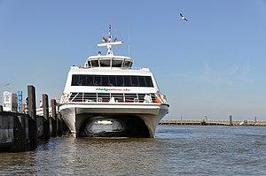 Halunder Jet (ship, 2003) 2012 by-RaBoe 40.jpg