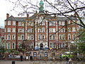 Hammersmith Hospital in 2009.jpg