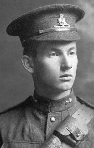 Harold Innis - Harold Innis in uniform