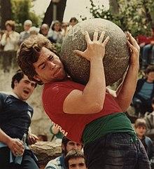 Lifting stone - Wikipedia