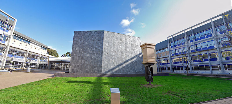 File:Health Sciences Building and Charles La Trobe Statue at La Trobe University.jpg