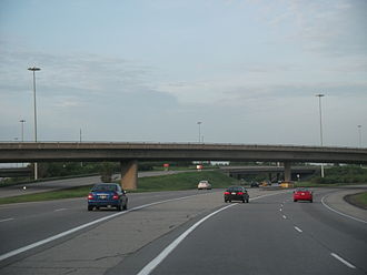 Ontario Highway 417 - Highway 417 facing east at the Split
