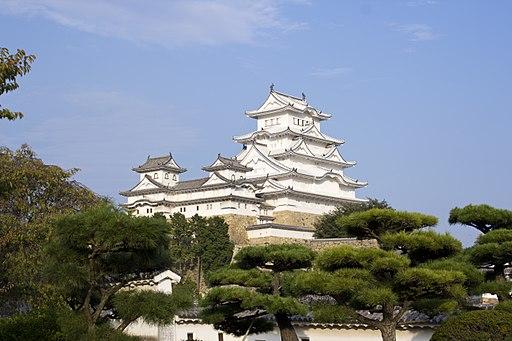 Himeji Castle repainted 3