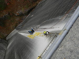 Bluegrass companies - Bluegrass Slot Cut at Hiwassee Dam