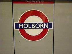 Holborn (Piccadilly Line) (18515117) (2).jpg