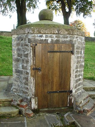 Holy well in St Mary the Virgin churchyard Holy Well, Thornton-in-Craven.JPG
