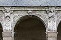 Huitième arcade de la galerie ouest du cloître de l'ancienne abbaye saint Melaine, Rennes, France.jpg