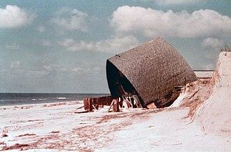 Hurricane Eloise - A beach house demolished by the hurricane