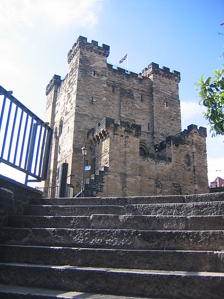 File:Image-Newcastle castle keep 2.jpg
