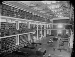 State Library of Western Australia - Image: Inside Hackett Hall public library WA 1913